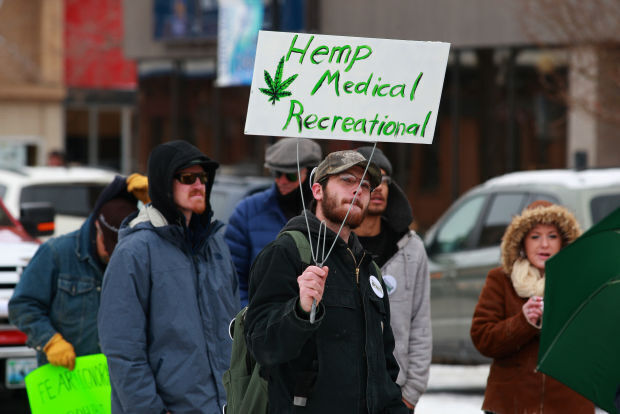 Preliminary signature gathering process begins for 2022 marijuana ballot initiatives