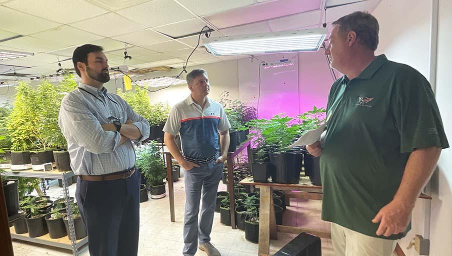 Lawmakers tour Prentiss hemp production plant